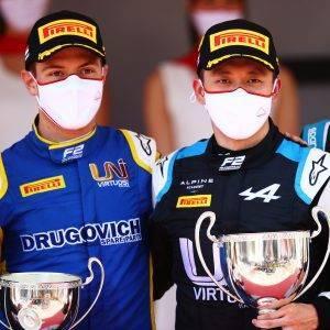 F2 Guanyu Zhou Felipe Drugovich Monaco Sprint Race 1